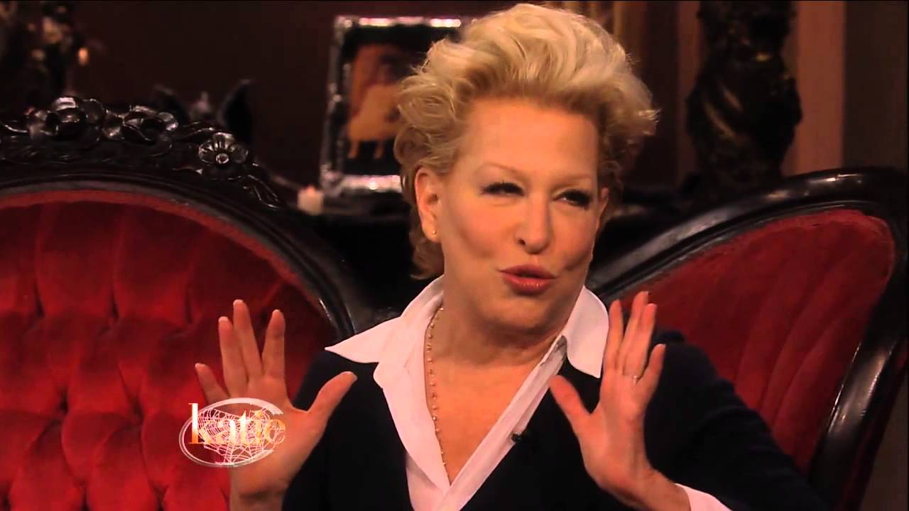 Bette Midler Celebrates 20 Years Of Hocus Pocus Youtube