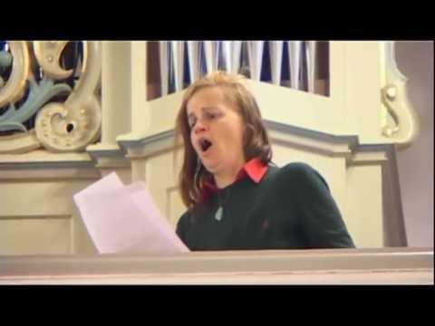 Ave Maria by Franz Schubert - Amadea Leonore (Contralto)