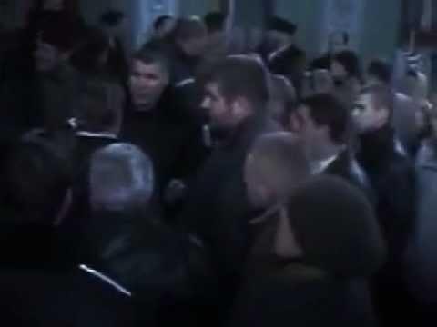 слэм в церкви )))