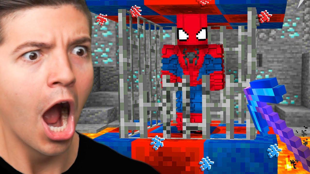 Download SAVING Spiderman in MINECRAFT!