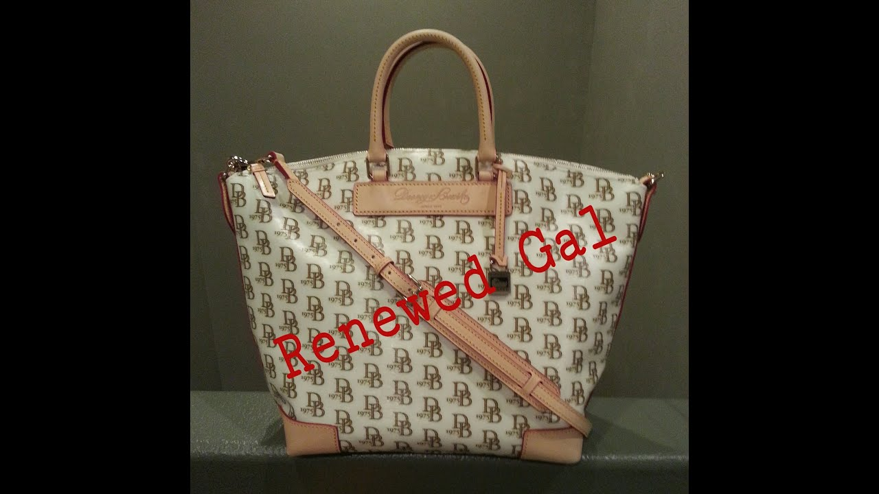 Dooney And Bourke 1975 Signature Vanessa