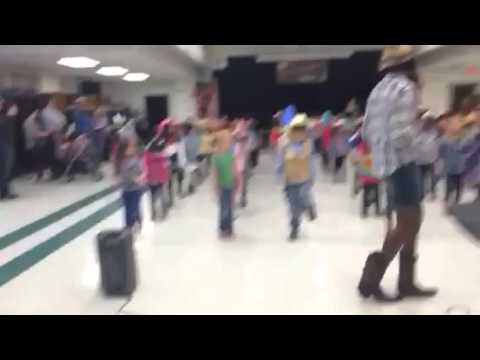 Kyas cowboy dance at school