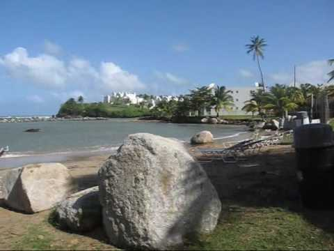 Travel Dorado, Puerto Rico: Private beach @ Embassy Suites
