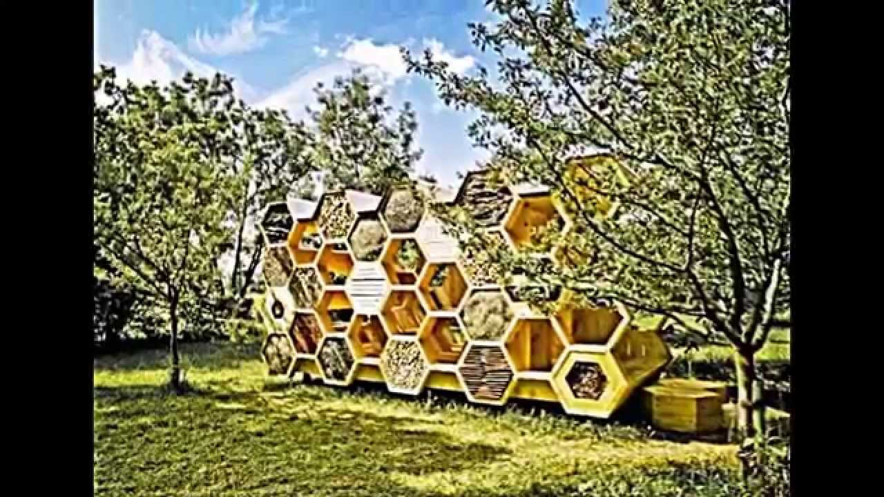 Holz Pavillon Mit Wabenform Bietet Unterkunft Für Menschen Und ... Holz Pavillon Wabenform