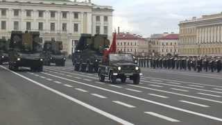 Военный парад. Санкт-Петербург. Russian military parade. St. Petersburg.