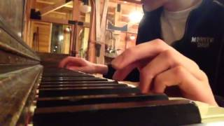 Play Pinetop's Piano Shuffle