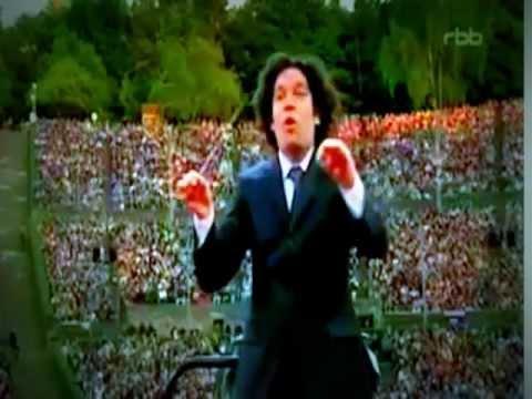 Silvestre Revueltas: Sensemayá - Gustavo Dudamel y la Filarmónica de Berlín