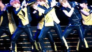 [FANCAM 110715 Korean Music Wave] - Teen Top Intro & Clap