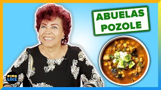 Gambar cover Mexican Abuelas Try Each Other's Pozole