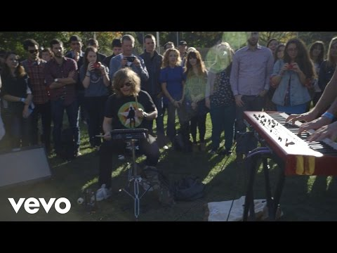 Bastille - Flaws (VEVO Presents)