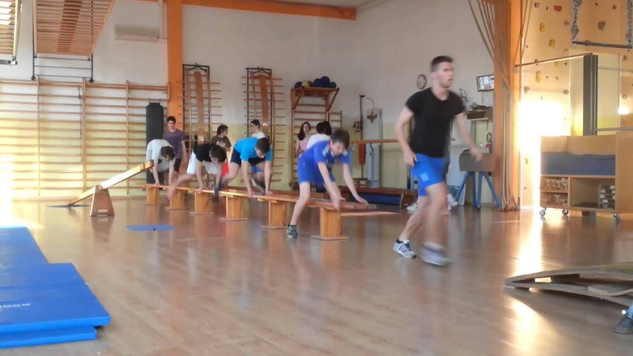 Corso di ginnastica pre sportiva per ragazzi youtube for Disegni di squali per bambini