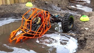 TANGO ROCK BOUNCER rips MUD on the Backyard Trail Course - NEON ORANGE MOA 4x4 | RC ADVENTURES