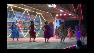 rowdy rathore song pallu ke nicche chupa ke rakha hai dance by school girls