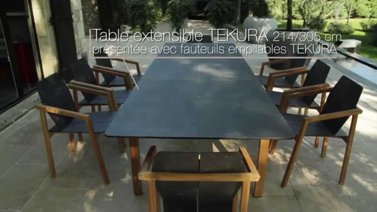 table et fauteuils tekura les jardins salon de jardin en teck massif youtube. Black Bedroom Furniture Sets. Home Design Ideas