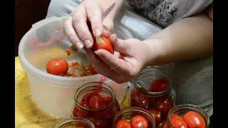 Необычные помидоры с чесноком на зиму.