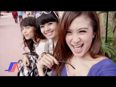 Viola Arsa - Selfie (Official Music Video)