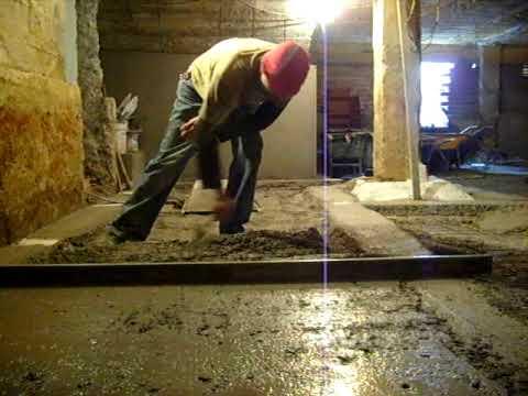 Asi se tiran los suelos en todos sitios 2 5 09 youtube - Como hacer un suelo de hormigon ...