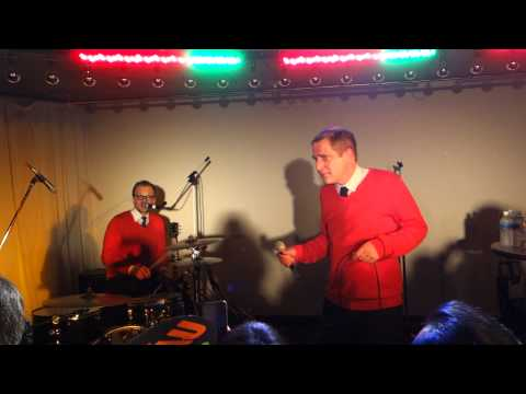 Andreas Dorau  Girls in Love Short version + So beeinflußbar  Tokyo dec 20 2014  48