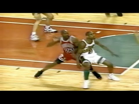 Gary Payton locks down Michael Jordan - 1996 Finals Game 4