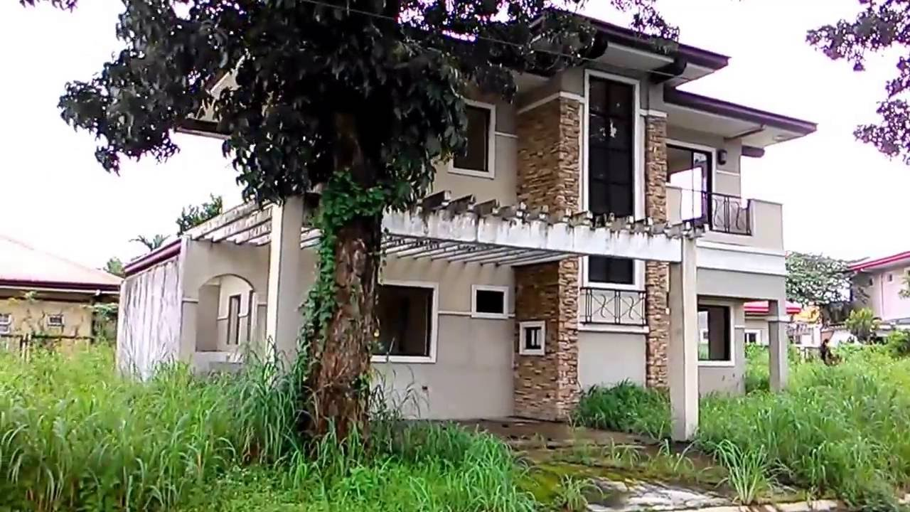 4 Bedroom House for Sale in Brentwood Village, Mabiga, Mabalacat, Pampanga  (October 2016)