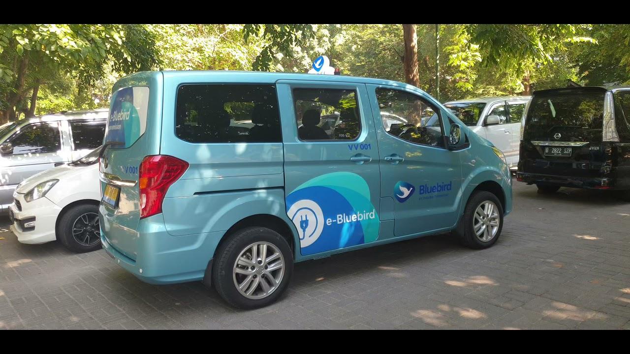 Mobil Listrik Pertama Dari Byd U Taxi Di Indonesia Program Bali Investment Forum Youtube
