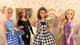 Barbie Wedding Dress 🌸 Wedding Day in Doll Bedroom Video