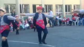 mustafa ıtri ilköğretim okulu 23 nisan zeybek(efe) oyunu