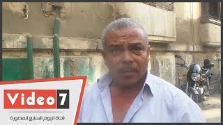 مواطن من أمام الوزراء يطالب بإغلاق محطات البنزين ومستودعات الغاز