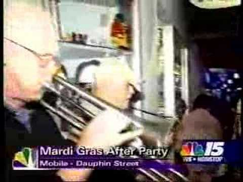 Bordello Rhythm At Mardi Gras: Our Three Seconds Of Fame