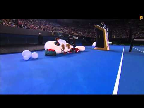 Federer tries to distract Tsonga on inflatable furniture - Roger Federer Foundation