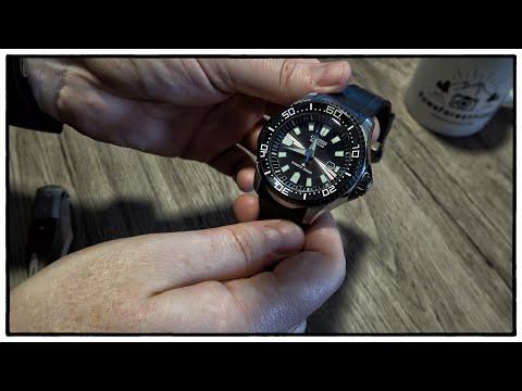 Citizen Promaster Eco-Drive Solar Diver 300 M (BN0085-01E) Sunburst Guilloche Dial | Uhr Clock Watch
