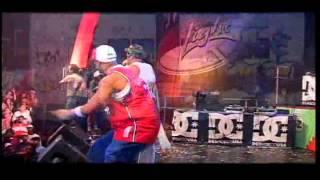 Muñequita / Se Que Tu Quieres / Dejate Llevar Live - Yaga y Mackie feat Johnny Prez y Pedro Prez
