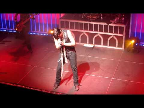 """""""Waking Up The Devil"""" in HD - Hinder 12/8/10 Baltimore, MD"""