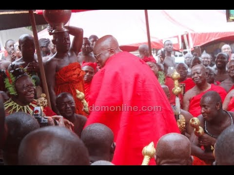 President, Veep joins Otumfuo to mourn the late Asantehemaa
