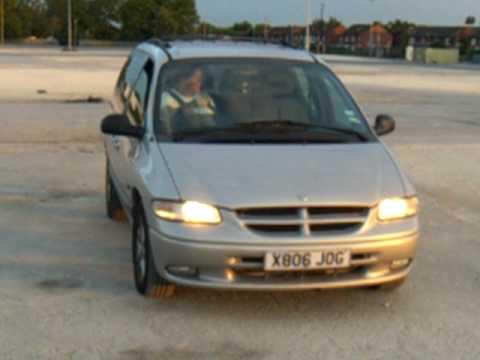 Chrysler voyager 2000 youtube for Interieur chrysler voyager 2000