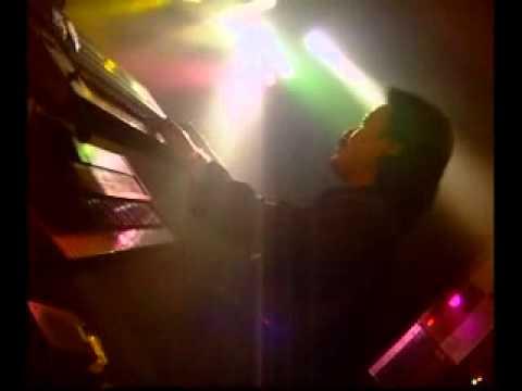 Deddy Dores - Biarkan Cintamu Berlalu.flv