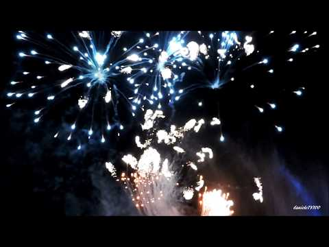 MAGIC AND BEAUTIFUL FIREWORKS WATER FOUNTAIN MUSIC SHOW 2017 Switzerland Crans-Montana 01.08.2017