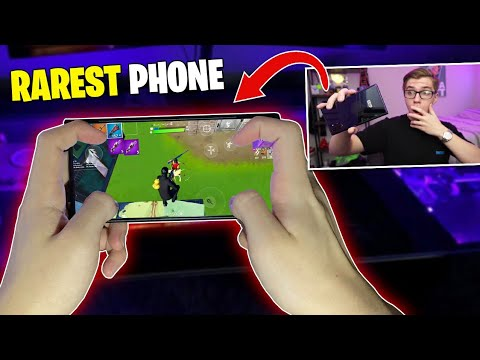 I Used The RAREST PHONE To Play Fortnite Mobile