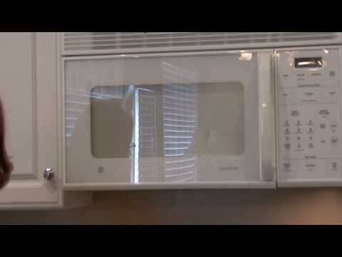 Cleaning Kitchens : How to Clean a Sponge With a Microwave Oven