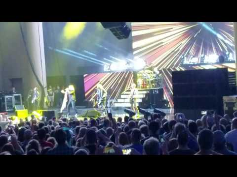 Def Leppard- Let's Go Live @ Klipsch Music Center in Indianapolis on 7/1/2016.