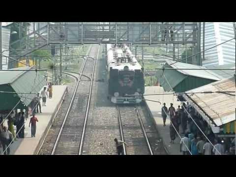 Train Leaving Krishnanagar Station.mp4