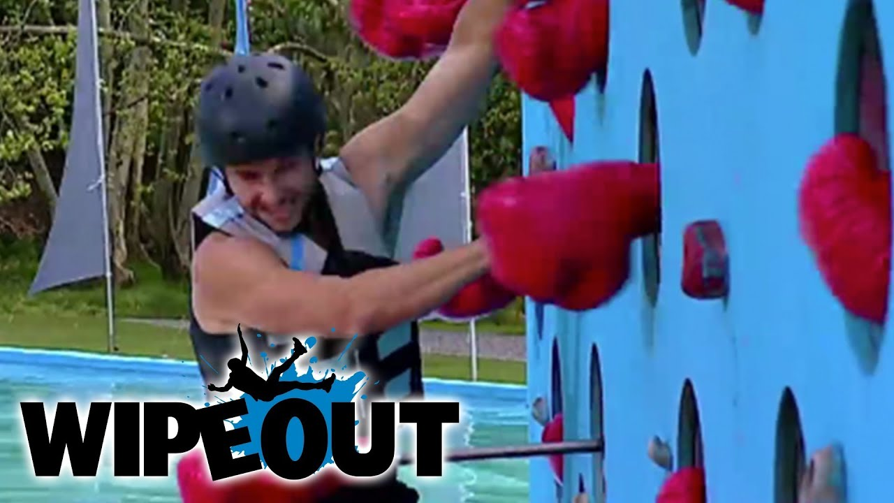 Ladies Man Knocked Out | Wipeout