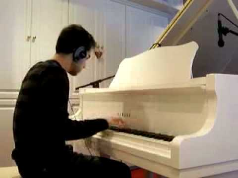 Christmas Music Piano Medley