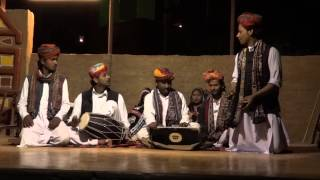 Chhap Tilak Sab...To se naina milaike (and the man (percussionist) with wooden Kartaal is awesome)