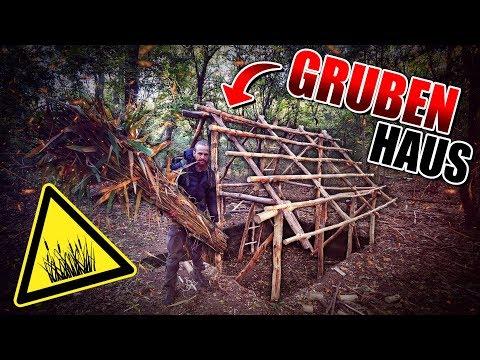 GRUBENHAUS Bushcraft Shelter #007 - Lagerbau - Outdoor Bushcraft Camp | Fritz Meinecke