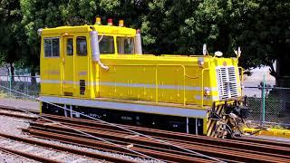 東武アーバンパークライン(東武野田線) 軌道モーターカー MJK-MR1549  ・ レール運搬多目的トロ M-RT01