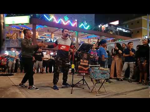 Sambutlah Kasih di Retmelo buskers Bukit Bintang