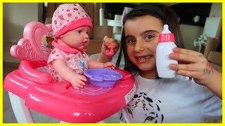 Yeni Bebeğimiz ve Bebeğimizin Mama Sandalyesi ile Oynadık