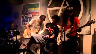 Download Emo by odat live at autonomy bar MP3 song and Music Video