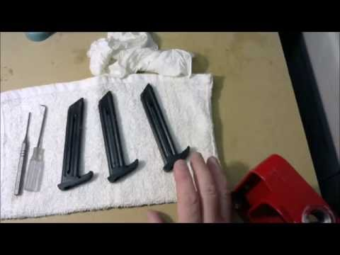 How To Disassemble & Clean The Ruger Mark III 22/45 Magazine